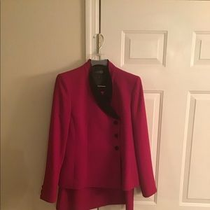 Kasper Raspberry colored suit